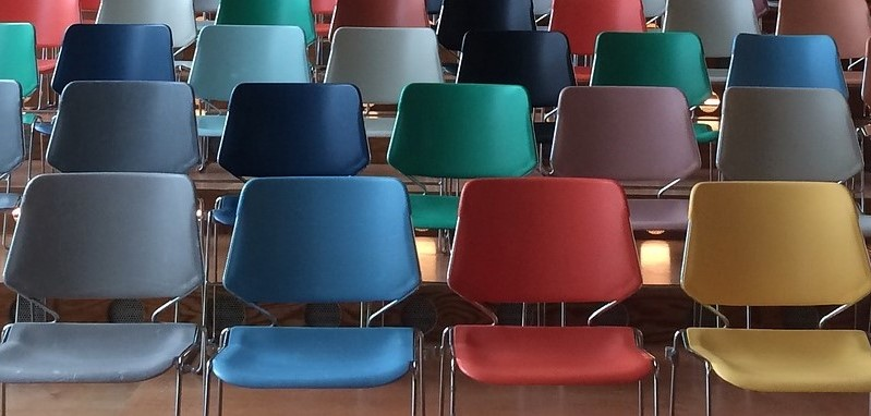 chairs-1734148_1280